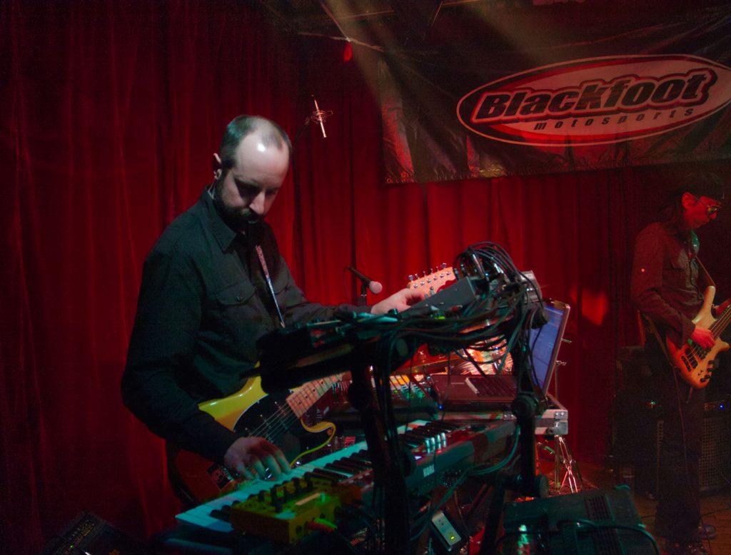 mx-missile keyboards greg blind beggar